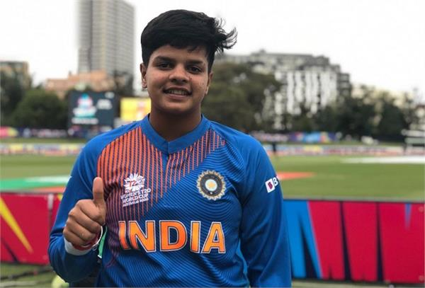 shefali credits his wonderful performance to his father and the academy