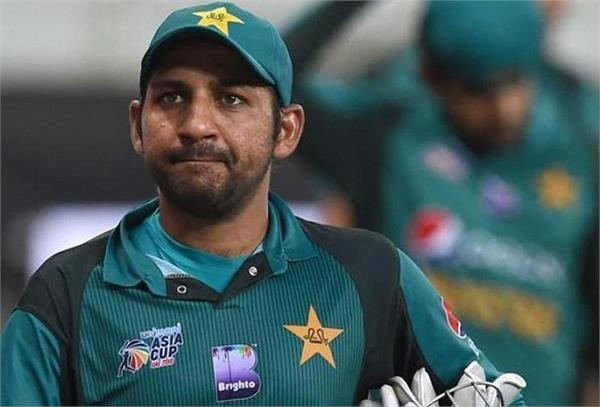 lahore karachi controversy  sarfaraz was removed from captaincy