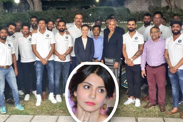 anushka sharma has finally been out from team india