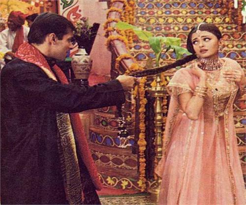 ranveer singh reminds salman khan of aishwarya rai