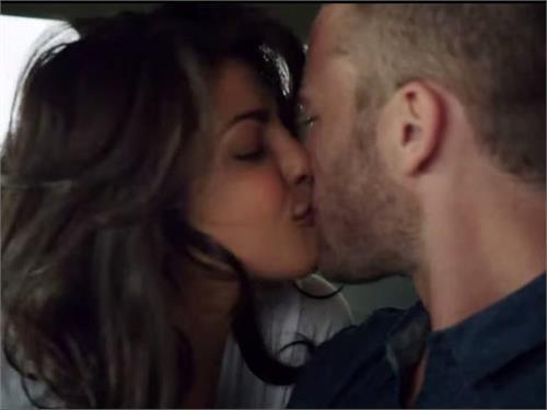 priyanka chopra not comfortable with kissing scenes