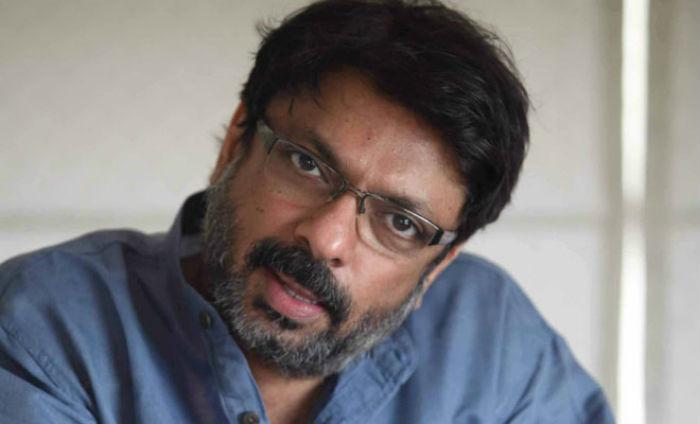 sanjay leela bhansali spents 12 cr for batle sean