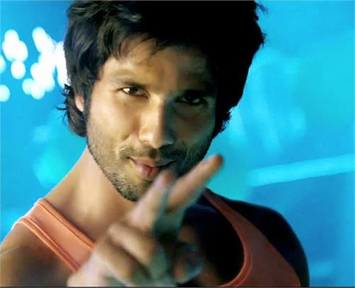shahid kapoor wants to play lakhan s character in ram lakhan s remake