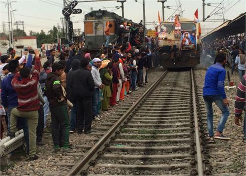 special train for banaras