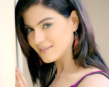 pakistani actress veena malik want to study islam