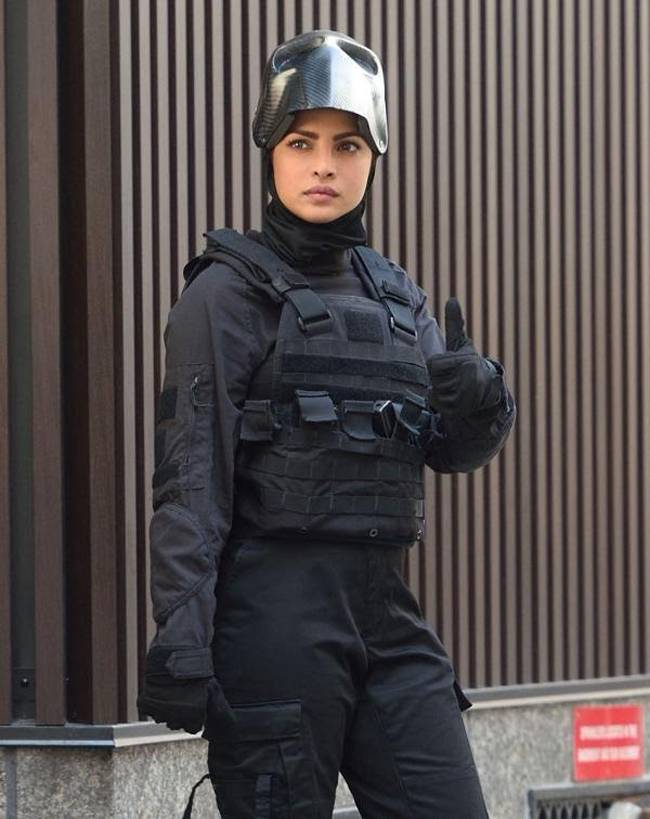 priyanka chopra look and role in quantico season 2