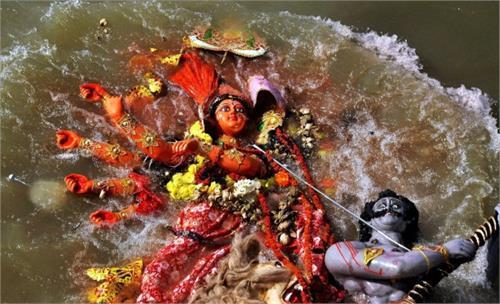 banaras ganga was the statue immerse ban