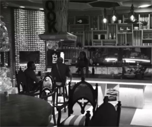 BB11 : ਘਰ 'ਚੋਂ ਬੇਘਰ ਹੋਣ ਤੋਂ ਬੱਚਣ ਲਈ ਇਨ੍ਹਾਂ ਸਾਜਿਸ਼ਾਂ ਦਾ ਸਹਾਰਾ ਲੈ ਰਹੇ ਹਨ ਮੁਕਾਬਲੇਬਾਜ਼
