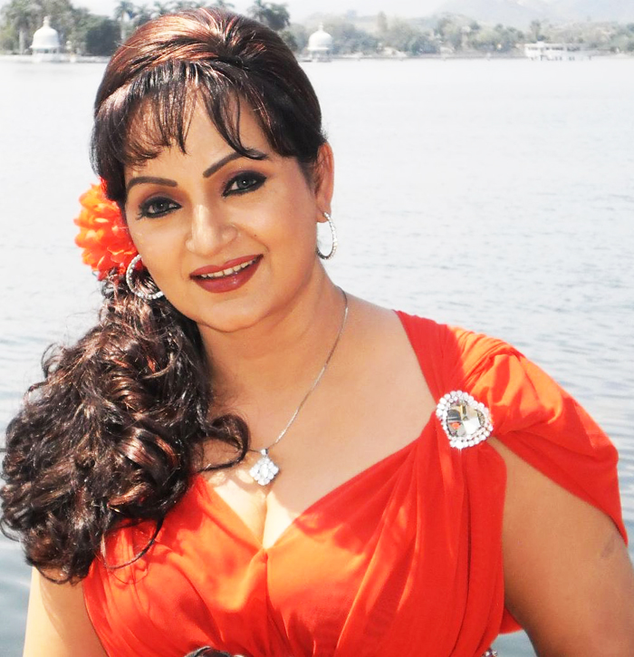 upasna singh to produce a bhojpuri film