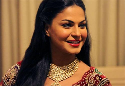 pakistani actress veena malik gets divorce
