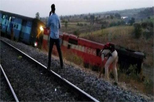 aurangabad hyderabad express derailed