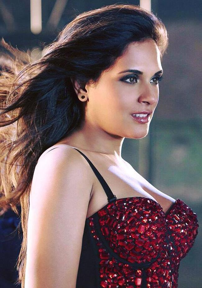 richa chadha swine flu