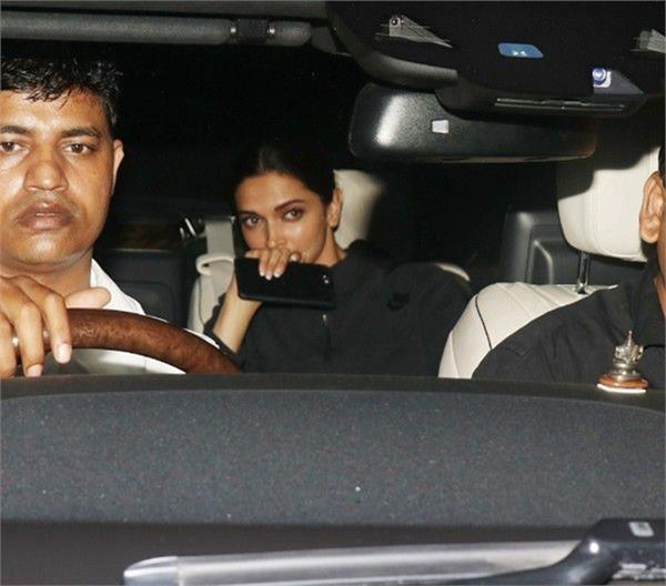 deepika padukone clicked leaving aamir khan s house