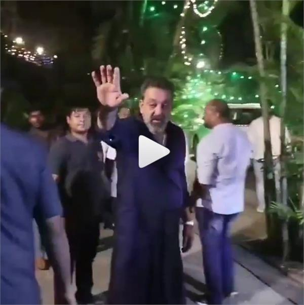 sanjay dutt camera during diwali party