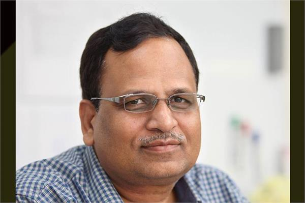 aap minister satyendra jain acquitted from rioting charges
