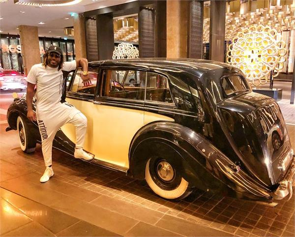 gayle arrived in the 1950s at the rolls royce role