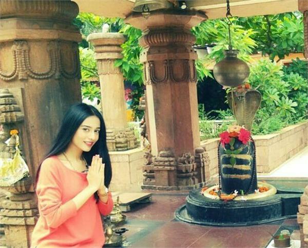 bollywood stars wishes happy mahashivratri