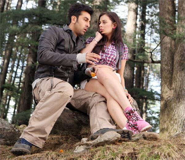 intimate scenes in bollywood films