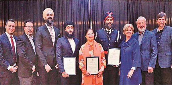 three sikh  including fateh singh  were felicitated in canada