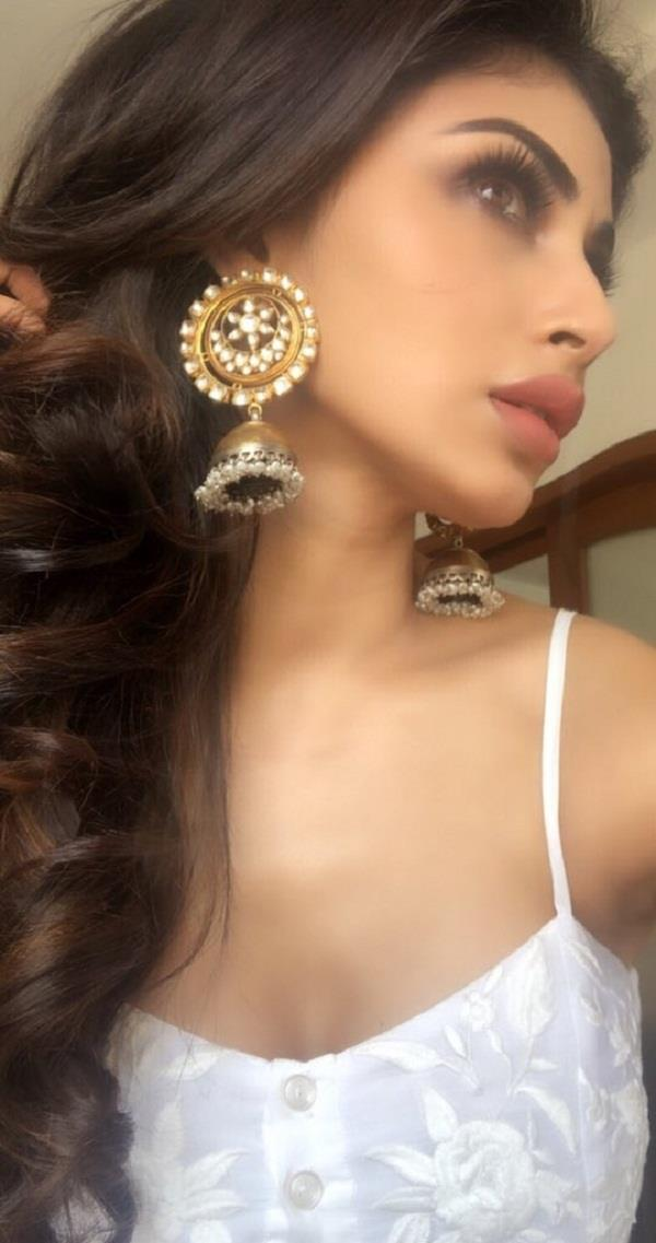 mouni roy stylish look