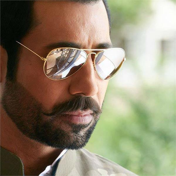 binnu dhillon happy birthday