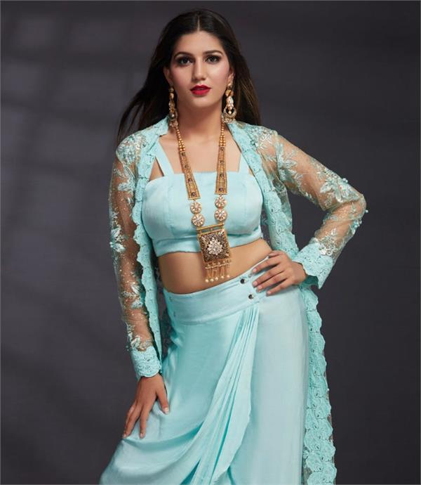 sapna choudhary bridal photoshoot instagram bigg boss 11 tv celebrity