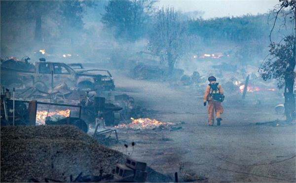 emergency in california due to fire spread