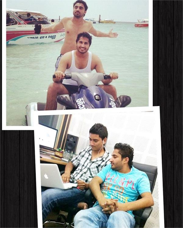 goldy and satta with jassie gill old memories viral photo