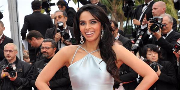 mallika sherawat happy birthday