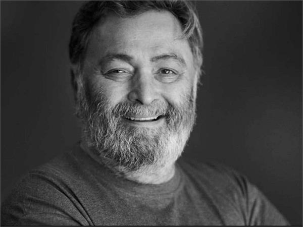rishi kapoor radiates happiness in this new photoshoot