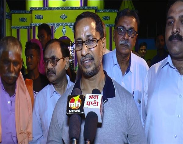 amritsar jaura gate rail accident navjot singh sidhu