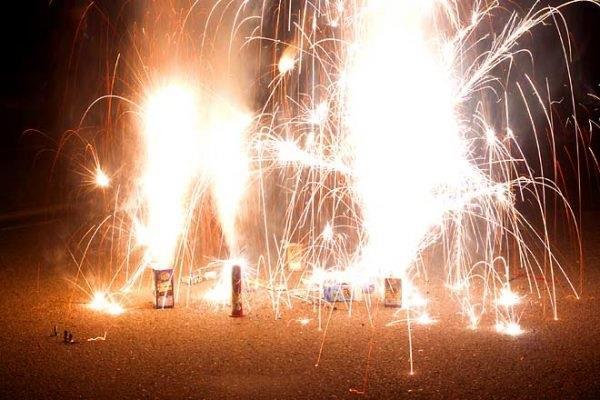 jail  hefty fine for selling firecrackers on diwali in dubai