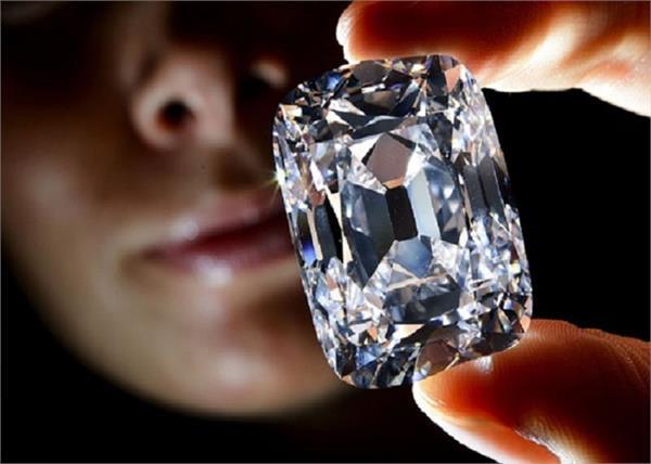a woman found diamond in panna