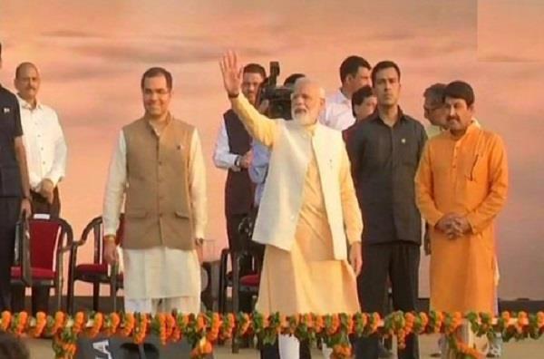 prime minister narendra modi  ravin dahin