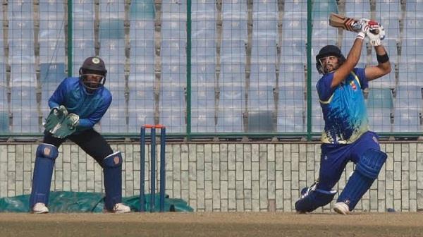vijay hazare  delhi beat gujarat in semifinal by 6 wickets