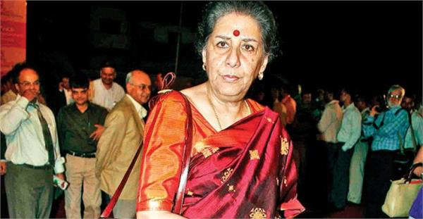 union government cheats people by breaking jammu and kashmir  ambika soni