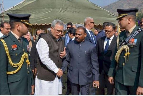 jammu and kashmir deputy governor appoints 2 advisor
