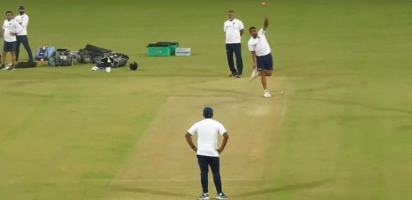ashwin practising bowling like jayasuriya with the pink ball