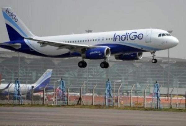 indigo flight emergency landing in chennai
