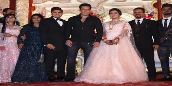 salman khan graces the wedding of his makeup artist  s son