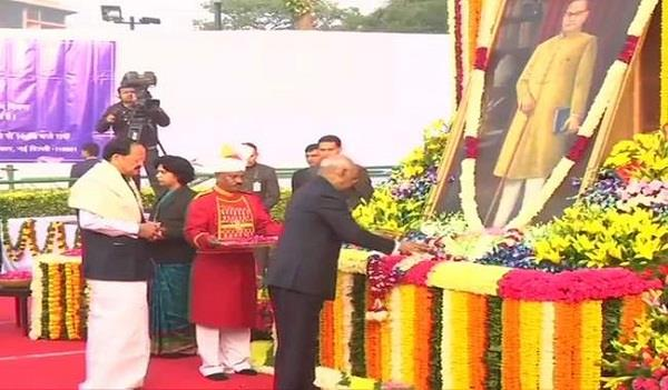 president and pm paid tribute ambedkar death anniversary