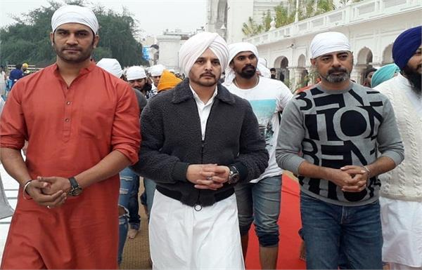 jimmy shergill visit to golden temple