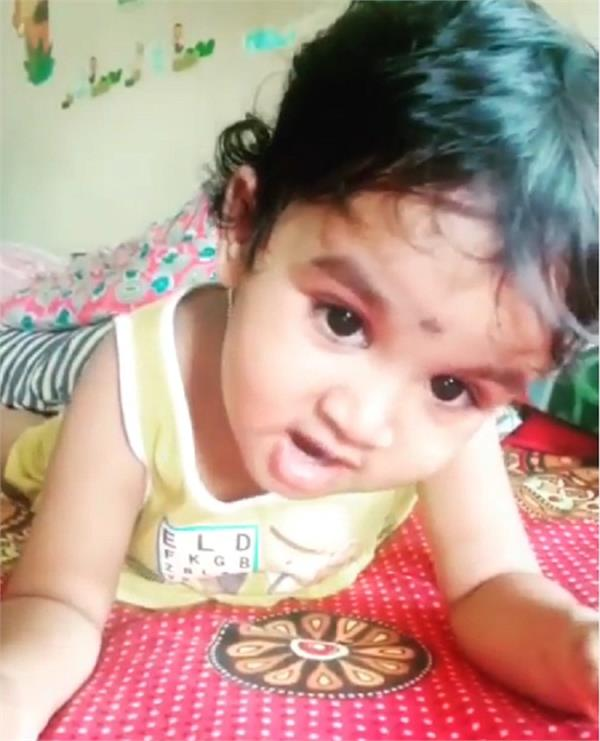this 2 yo singing lata ji s lag ja gale is taking the internet storm