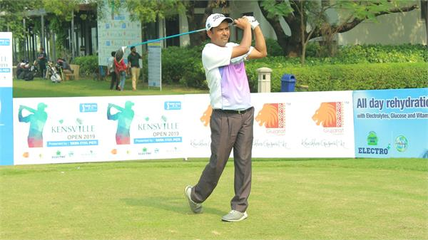 golf  shamim khan coasts to three shot win at kensville open 2019