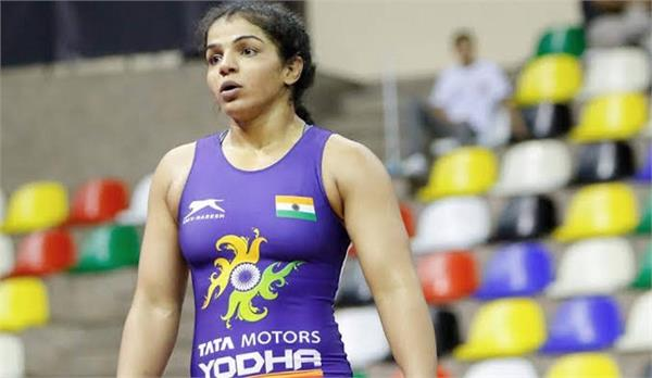 the indian wrestlers  led by sakshi  won four golds