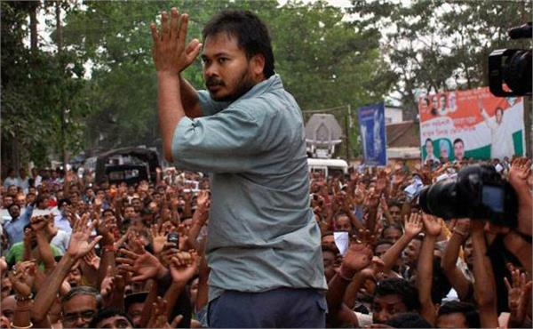 akhil gogoi accused of inciting violence over citizenship law