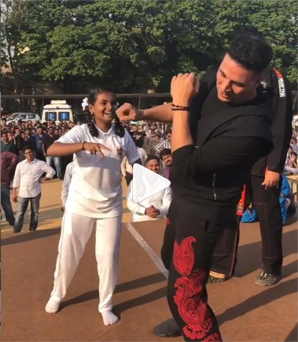 akshay kumar self defense video
