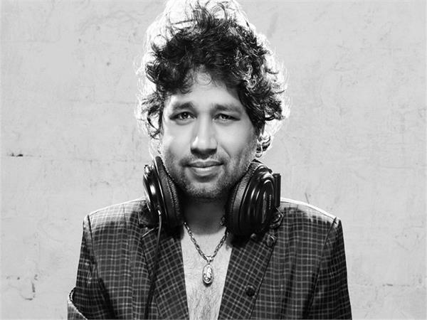 kailash kher to give help to shaheed family
