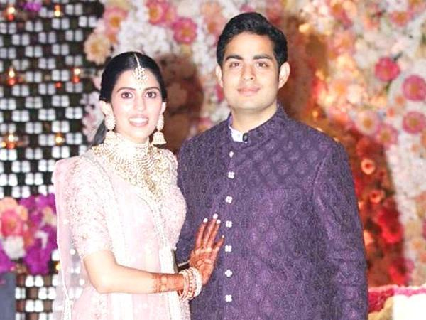 akash ambani s special wedding card