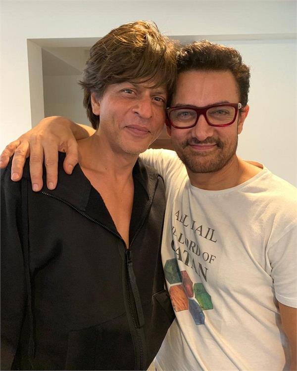 aamir khan reveals shah rukh khan once gifted